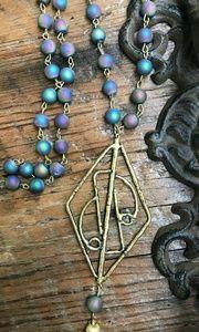 Mermaid Kiss Necklace